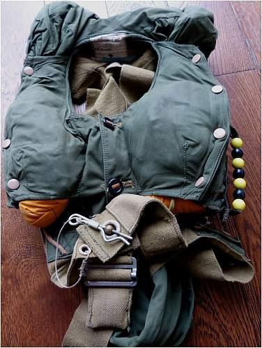 British Parachutist Life Preserver 1973
