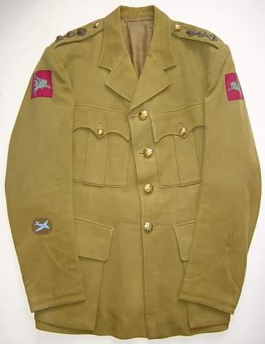 Click image for larger version.  Name:Airborne Artillery Officers Service dress jacket..JPG Views:2241 Size:118.1 KB ID:7428