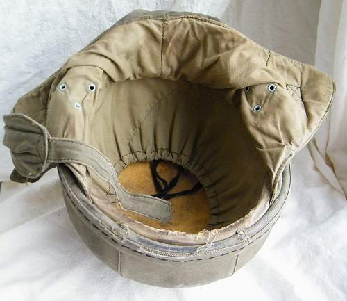 Click image for larger version.  Name:French para training helmet 1950's 8.jpg Views:91 Size:220.3 KB ID:763064