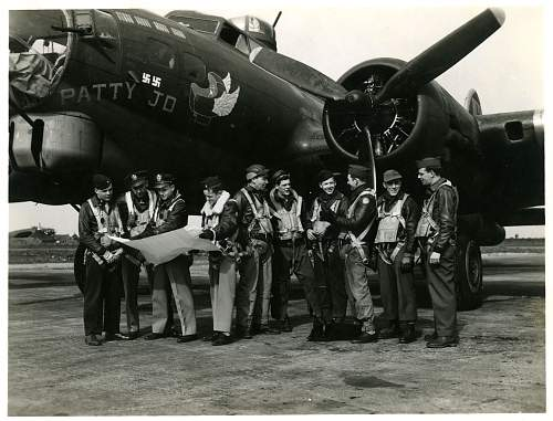 Click image for larger version.  Name:B-17GPatty Jo.jpg Views:1154 Size:244.2 KB ID:244943