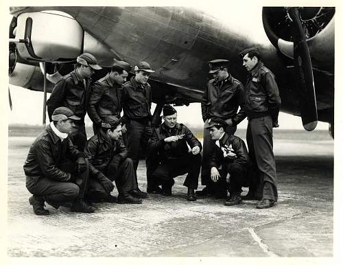 Click image for larger version.  Name:B-17G Crew.jpg Views:411 Size:206.7 KB ID:244947