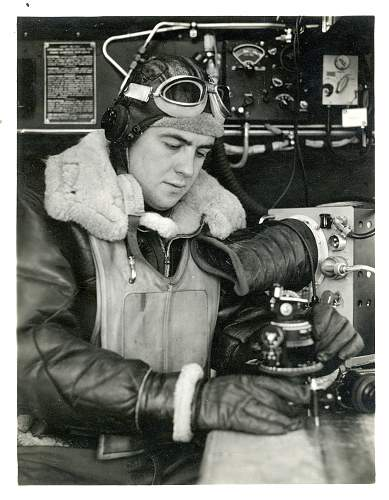 Click image for larger version.  Name:B-17 Crew Member.jpg Views:859 Size:253.7 KB ID:244965
