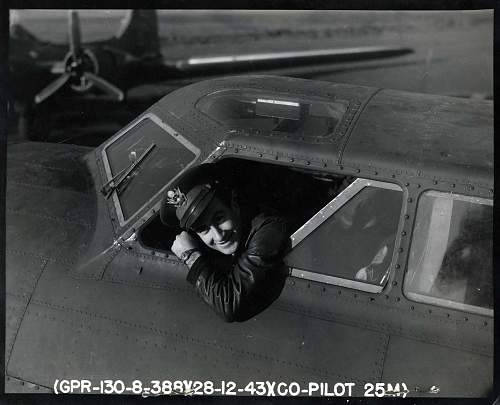 Click image for larger version.  Name:1-2-1944 B-17 Co-Pilot.jpg Views:352 Size:168.7 KB ID:244970