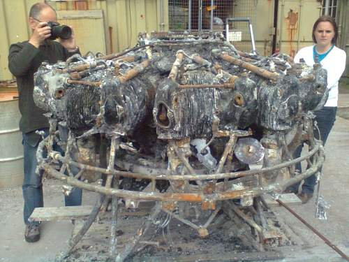 Click image for larger version.  Name:engine before cleaning.jpg Views:195 Size:47.7 KB ID:357436