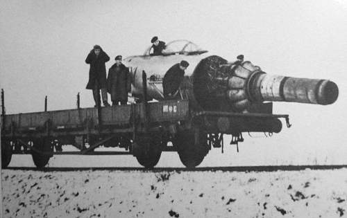 Click image for larger version.  Name:MiG-15  snow.jpg Views:1675 Size:74.4 KB ID:416935