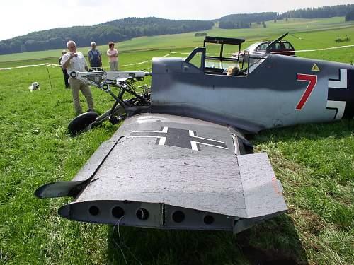 Click image for larger version.  Name:Bf109-G4-Flugunfall-001.jpg Views:7295 Size:241.5 KB ID:562561