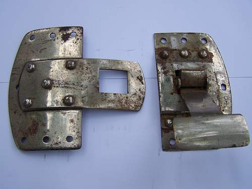 Click image for larger version.  Name:Seatbelt buckle Obverse, 1.jpg Views:178 Size:312.6 KB ID:580449