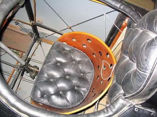 Click image for larger version.  Name:Quiz 14 - Cockpit 2.jpg Views:111 Size:168.2 KB ID:806571