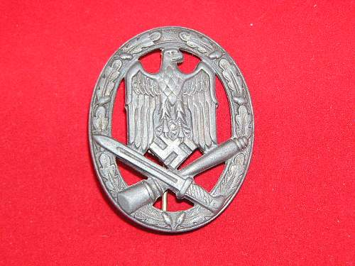 Click image for larger version.  Name:General Assault Badge by Assmann1.jpg Views:269 Size:79.8 KB ID:152123
