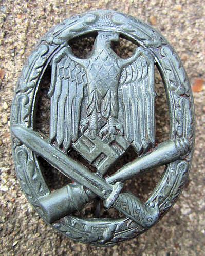 Allgemeine Sturmabzeichen in classifieds