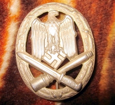Name:  german-ww2-general-assault-badge-3rd-reich-6afc.jpg Views: 186 Size:  57.3 KB