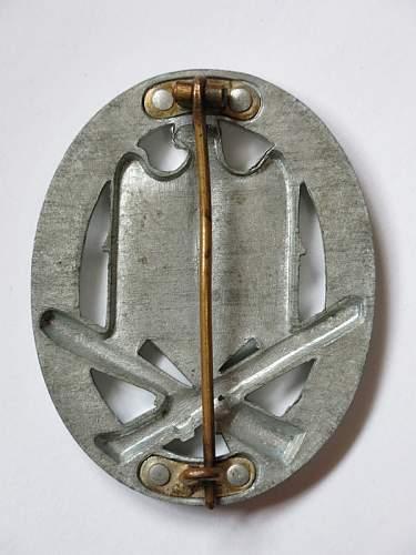 Unknown 4-rivet