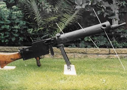 Click image for larger version.  Name:Machine guns (640x455) (640x455) (2).jpg Views:2 Size:148.3 KB ID:1008264