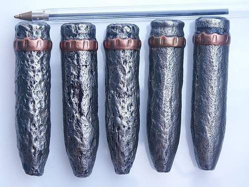 Click image for larger version.  Name:ww2_20mm_spitfire_cannon_shell_projectile.jpg Views:2 Size:250.9 KB ID:1009116