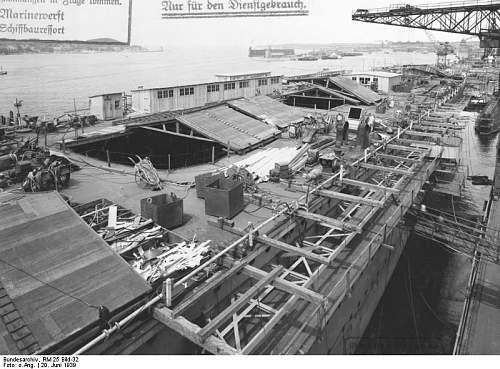 Bundesarchiv_RM_25_Bild-32%252C_Flugzeugtr%25C3%25A4ger_%2522Graf_Zeppelin%2522%252C_Bau.jpg