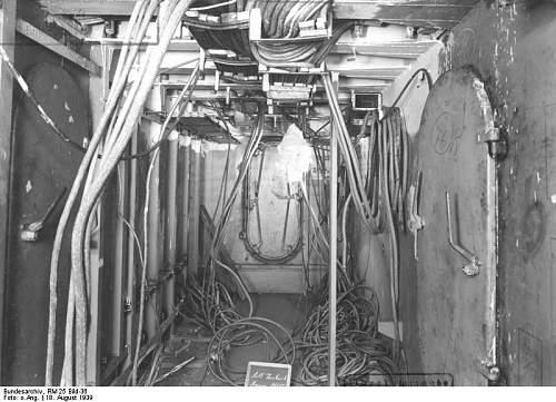 Bundesarchiv_RM_25_Bild-36%252C_Flugzeugtr%25C3%25A4ger_%2522Graf_Zeppelin%2522%252C_Bau.jpg