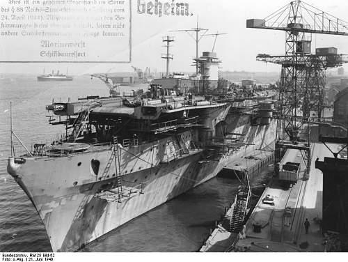 Bundesarchiv_RM_25_Bild-62%252C_Flugzeugtr%25C3%25A4ger_%2522Graf_Zeppelin%2522%252C_Bau.jpg