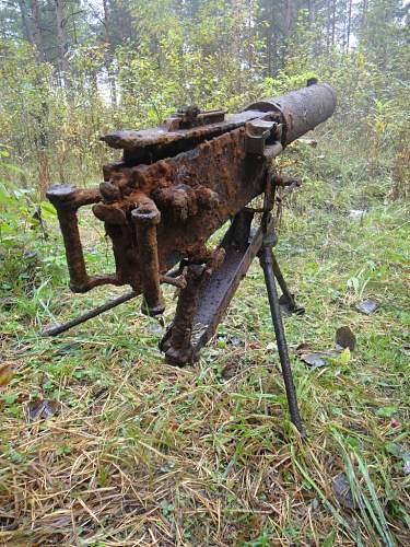 Maxim's machine gun.