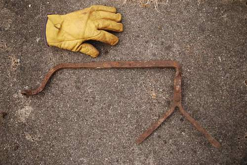 bizzare relics found near ww2 beach (Scotland)  and dump ID help needed