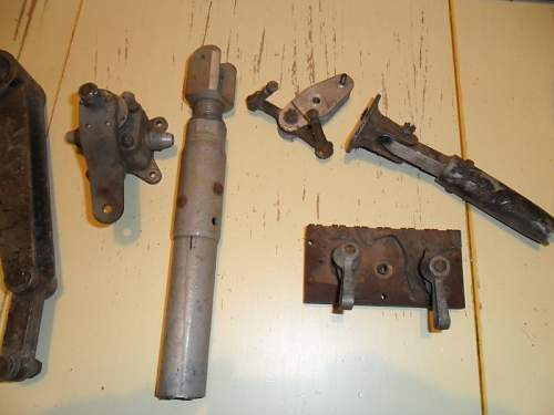 Glider(?) parts recovered in 1944: help to ID please!