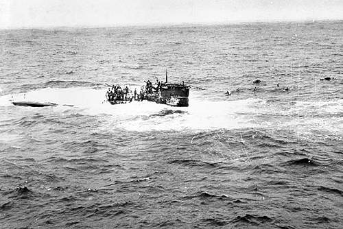 Click image for larger version.  Name:U-550+Sinking.jpg Views:26 Size:156.5 KB ID:376275