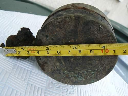 Submarine depth metre guage dugup??