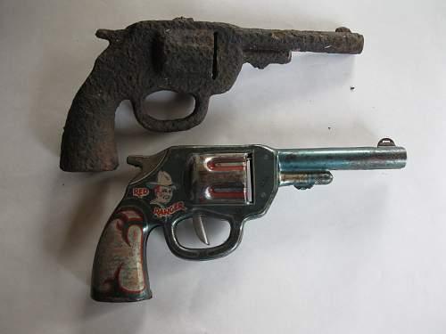 relic cap gun 003.jpg