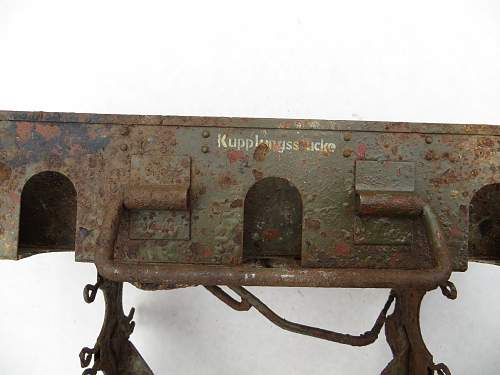 Click image for larger version.  Name:war relics 043.jpg Views:4 Size:310.2 KB ID:426633