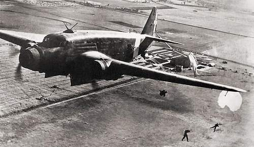 SAVOIA MARCHETTI  SM 82 Cangaru, the discovering of a dismantled fuselage