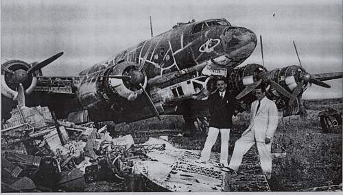 Click image for larger version.  Name:Fw 200 Condor in Rhodes, after the end of WW2 and just before scrapping.jpg Views:13 Size:143.3 KB ID:469395