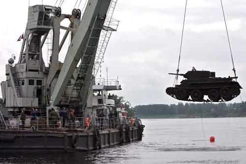 BT-5 tank found in Neva river, recovered in June 2007