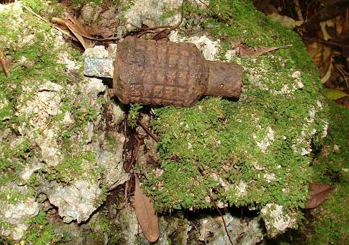 Click image for larger version.  Name:13 - Japanese Type 91 frag grenade DSC01738.jpg Views:4 Size:154.0 KB ID:527583