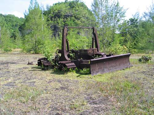 Click image for larger version.  Name:15 - USGI bulldozer by the Horse shoe Walts Ridge in background IMG_3904.jpg Views:9 Size:146.9 KB ID:527609