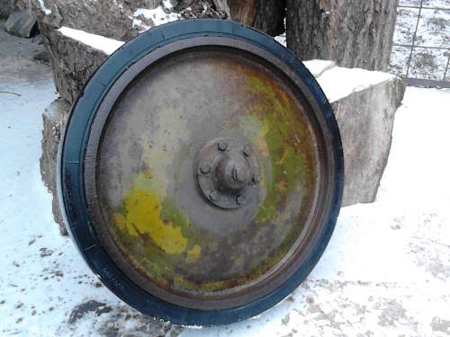 German Panzer 2 wheel tyre ???