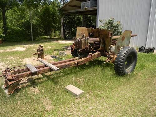 Abandoned anti-tank guns
