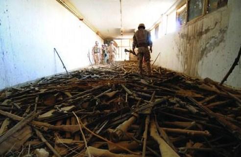 Afghan Haul over 1000 rifles.