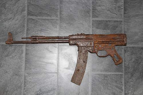 Shipping relic stg44 to the UK