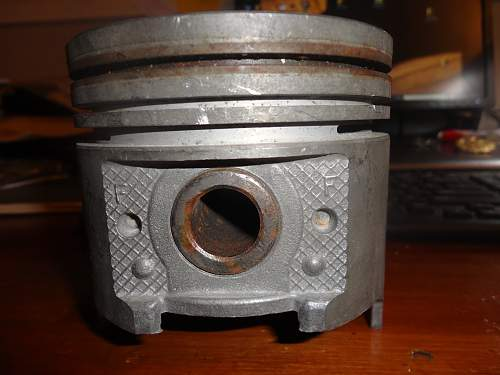 Here is a neat Hetzer Piston, complete