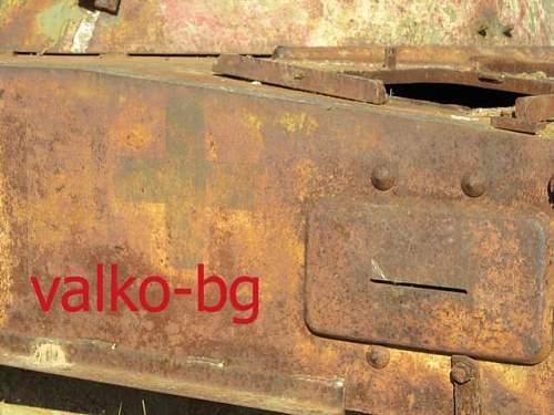 Bulgarian  panzer IV German cross..jpg