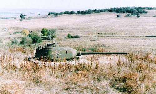 Bulgarian panzers. T-34-85.jpg
