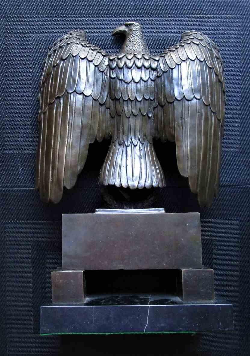 Art Décor: Large Bronze Eagle