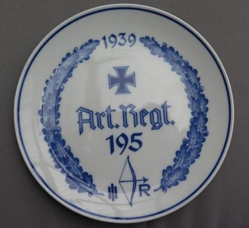 Help with porcelain plate Please