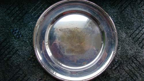Waffen SS plate - authentic?