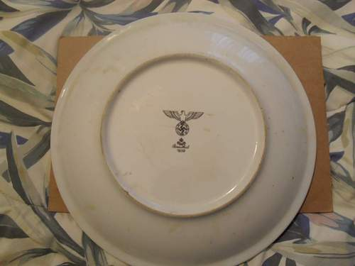 Click image for larger version.  Name:1939 NSFK 25cm-10 inch Rosenthal plate reverse.jpg Views:152 Size:42.7 KB ID:220931