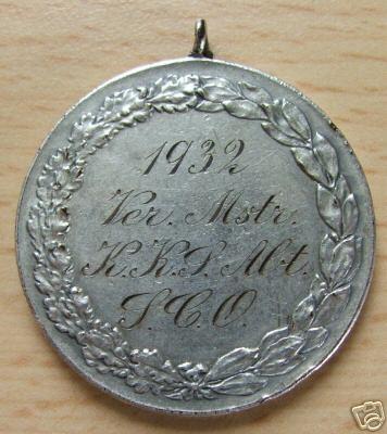 Name:  1932 Vereins Meister Klein Kalibre Sch�tzen Abteilung SCO Medaille reverse.JPG Views: 160 Size:  30.6 KB