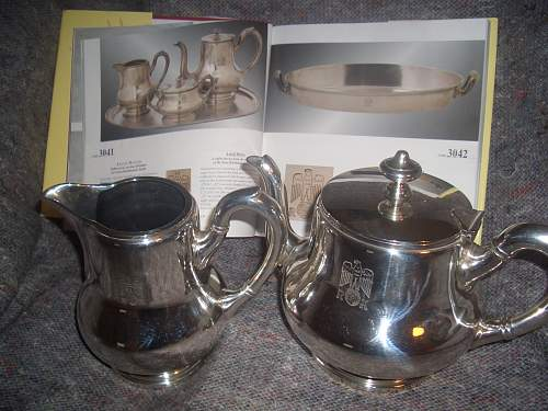 Click image for larger version.  Name:REICHSKANZLEI TEAPOT AND MILK JUG 0CTOBER 27TH 07 001.jpg Views:945 Size:248.7 KB ID:255865