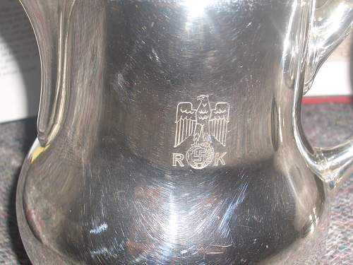 Click image for larger version.  Name:REICHSKANZLEI TEAPOT AND MILK JUG 0CTOBER 27TH 07 004.jpg Views:1657 Size:252.4 KB ID:255867