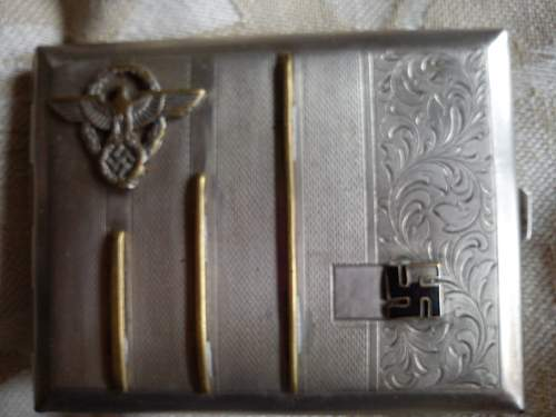 SS cigarrete case.