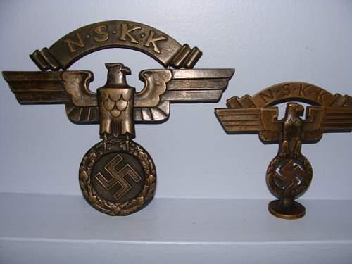 N S K K Desk Ornament