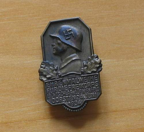 Uncommon Freikorps and Bund badges